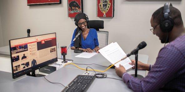 RFI en mandenkan et fulfulde : le pari de la francophonie dans le multilinguisme