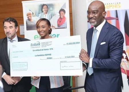 Ellever : Ecobank accorde 1 milliard FCFA à la fondation SEPHIS en soutien aux femmes entrepreneures